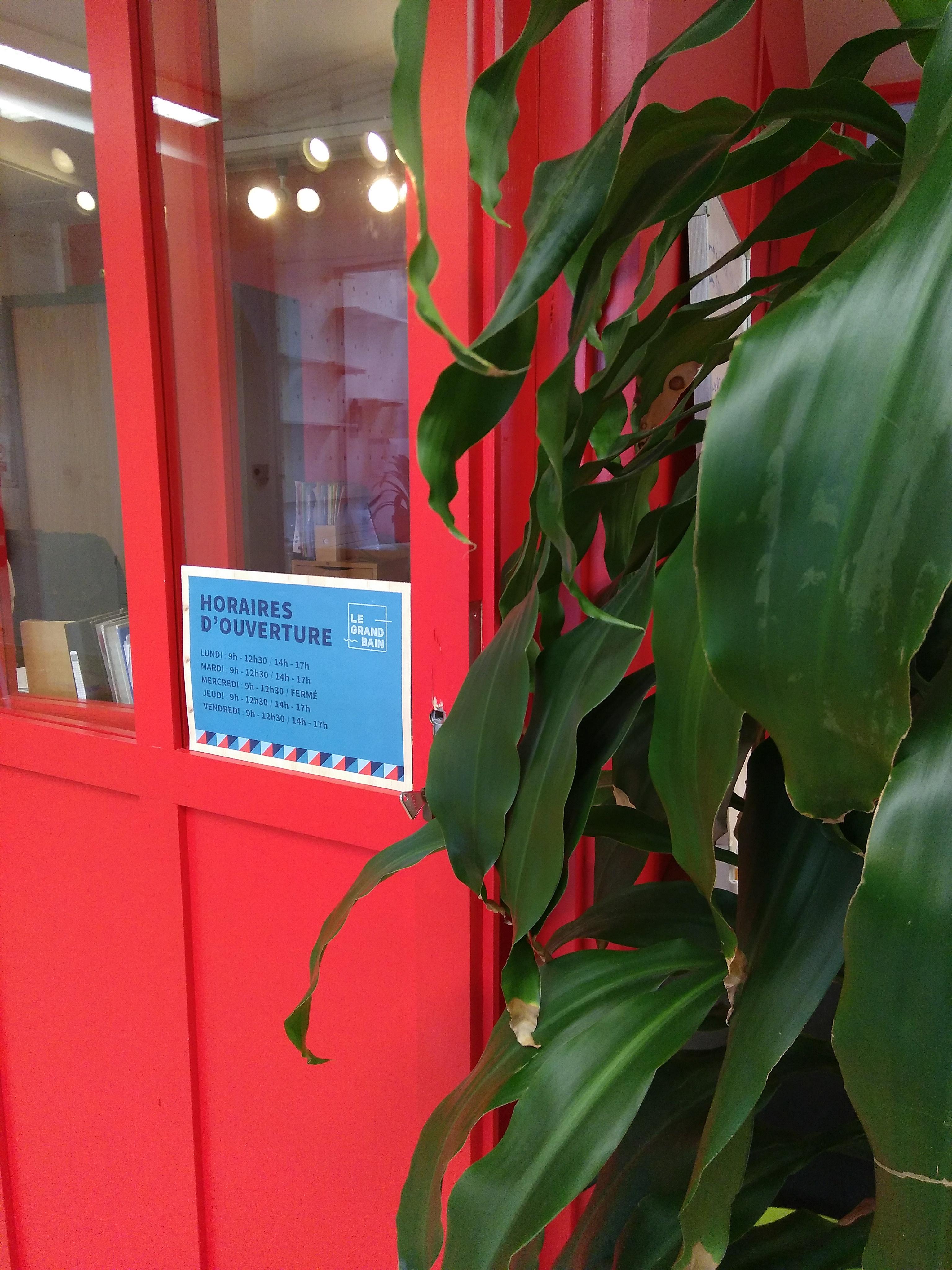Accueil et horaires d'ouverture (Le Grand Bain, Nantes)